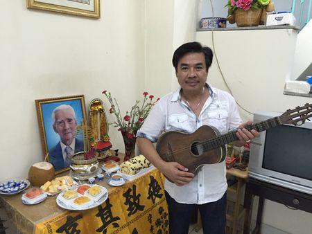 """NS Cam Thu dua chong moi ve thap huong """"Vua vong co"""" - Anh 5"""