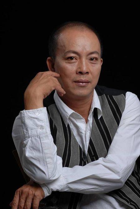 NSUT Duc Hai: San khau kich Viet Nam dang phai canh tranh gay gat - Anh 1