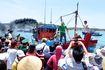 10 ngư dân Quảng Ngãi trôi dạt trên biển