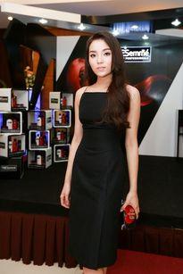 Hoa hậu Kỳ Duyên gợi cảm, đọ sắc cùng Trang Khiếu