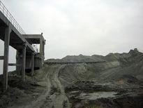 Người dân điêu đứng vì hàng triệu tấn chất thải nguy hại của DAP