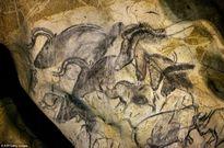 Bí ẩn những bức tranh trong hang động cổ hàng vạn năm