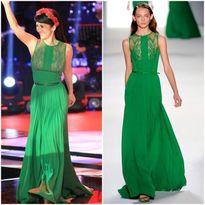 """Những bộ váy lục bảo """"đắt xắt ra miếng"""" của sao Việt"""