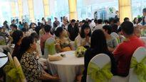 Chen chân ngày mở bán Celadon City TP.HCM