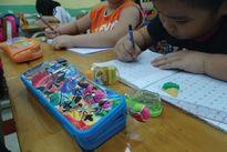 Cẩn trọng với đồ dùng học tập có màu sắc, hương thơm