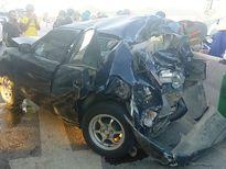 Xe 4 chỗ gây tai nạn liên hoàn, tài xế thoát chết trong gang tấc