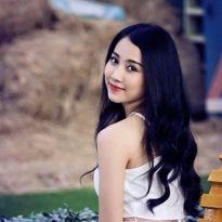 Bạn gái của Sơn Tùng trong MV Âm thầm bên em là ai?