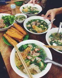 """5 quán mỳ vằn thắn ngon """"nổi như cồn"""" của Hà Nội"""