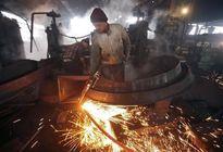 Giá thép toàn cầu giảm mạnh