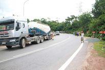 Quảng Trị: Va chạm với xe chở bê tông, 2 người chết tại chỗ