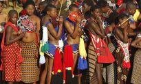 Hàng chục thiếu nữ chết thảm khi đến dự lễ