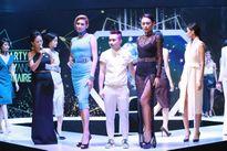Hoàng Yến diện đầm bó sát khoe dáng siêu mẫu