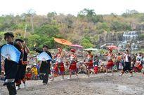 Sức sống mới ở làng Nùng