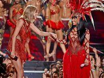 Nhìn lại 6 điểm nhấn của lễ trao giải VMAs 2015