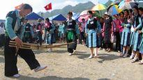 Tết Độc lập của người Mông trên cao nguyên Mộc Châu