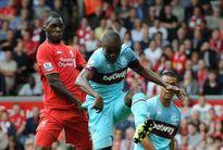 """Liverpool thảm bại: Rodgers cần một thứ bóng đá """"nguyên thủy"""" hơn"""