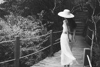Váy trắng gợi cảm cho chuyến đi biển