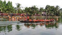 Phố núi nô nức đua thuyền mừng ngày Quốc khánh