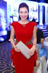 Thu Hương làm giám khảo Hoa hậu Quý bà Thế giới Trung Quốc