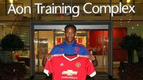Martial không quan tâm mình được M.U mua với giá bao nhiêu, háo hức hợp sức với Rooney