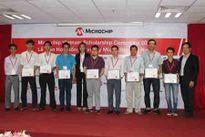 Microchip Technology trao tặng học bổng cho các sinh viên xuất sắc ngành kỹ thuật điện tử của Việt Nam