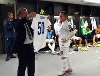 Rooney vượt qua huyền thoại Bobby Charlton: Kỷ lục là kỷ lục nào?