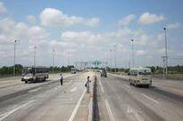 """Đường cao tốc Trung Lương - Mỹ Thuận nguy cơ... """"rùa bò""""!?"""