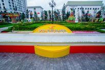 Vinhomes Royal City lập kỷ lục chiếc bánh dẻo lớn nhất VN