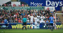 Swansea - Tottenham: Người hùng đá phạt