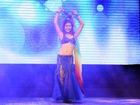 Nữ sinh Hà thành 'đốt' sân khấu với màn múa bụng