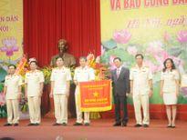 Gặp mặt nhân kỷ niệm 61 năm ngày giải phóng Thủ đô và Báo công danh hiệu Anh hùng Lao động