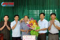 Lãnh đạo tỉnh chúc mừng các doanh nghiệp nhân Ngày Doanh nhân