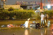 Nhặt mũ bảo hiểm rơi giữa đường, hai người oan mạng