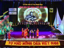 """Từ """"Nông dân Việt Nam xuất sắc"""" đến hình mẫu người nông dân mới"""