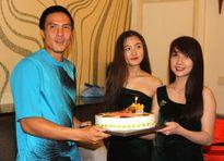 Tay vợt Daniel Nguyễn đón sinh nhật khó quên tại Việt Nam