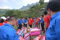 Đoàn Thanh niên Bộ Xây dựng mang hơi ấm tới vùng cao