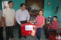 Ban ATGT tỉnh Thái Bình thăm hỏi gia đình nạn nhân TNGT