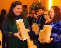 Gặp cô học trò dân tộc M'nông với thành tích học tập đáng nể