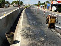 Quốc lộ nghìn tỷ hư hỏng sau 2 tháng sử dụng