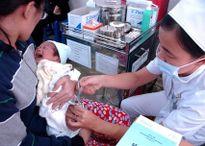 Tiêm vắc xin dịch vụ không an toàn hơn vắc xin Quinvaxem