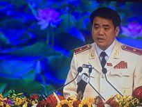 Tướng Chung phá án nổi tiếng: Khuất phục kẻ bắt cóc con tin táo tợn