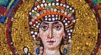 Từ gái điếm trở thành một nữ hoàng vĩ đại trong lịch sử