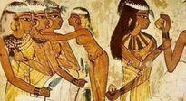 Những cách tránh thai kỳ quặc, buồn cười, rùng rợn của người xưa