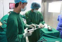 Phẫu thuật cứu sống bệnh nhân bị khối u trực tràng nguy kịch