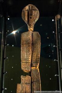 Bí ẩn tượng điêu khắc gỗ bị chôn vùi vạn năm không mục nát