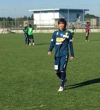 Tuấn Anh hào hứng trong buổi tập đầu tiên với Yokohama