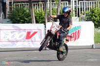 Biker hội tụ thi stunt tại Sài Gòn