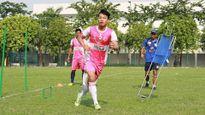 U23 Việt Nam vs JFL Selection: Nam Anh sẽ ghi điểm với HLV Miura?