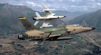 Máy bay gây nhiễu điện tử trong đội hình được Mỹ sử dụng tại VN