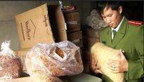Thu giữ hơn bảy tấn thực phẩm không rõ nguồn gốc